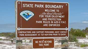 Caladesi Island- no pets sign