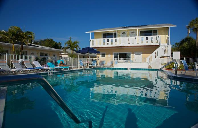 White Sands Beach Resort On Anna Maria Island